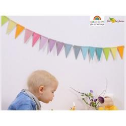 Guirlande pastel Grimm's décoration Chambre enfants couleurs douces Cadeau naissance bois bébé bio Grimms 70246