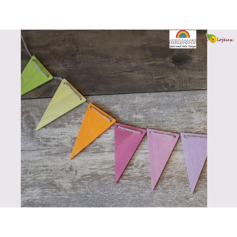 Guirlande pastel Grimm's décoration Chambre enfants couleurs douces Cadeau naissance bois bébé bio Grimms 70246 Fanions pastel
